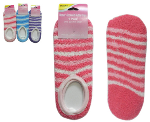 Women's Fuzzy ANKLET Socks with Rubber Sole Grips (2124675)