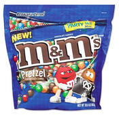 M&Ms Pretzel Chocolate Candies 30 Ounce Bag