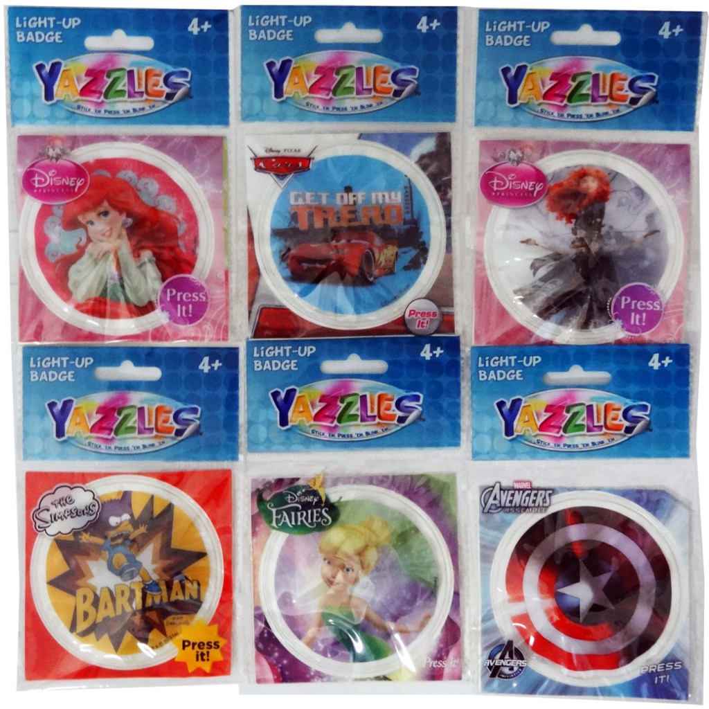 LICENSED Yazzles Assorted Badge Party Favors [1990118]