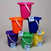 Plastic Sand Bucket With Handle 7 Inch