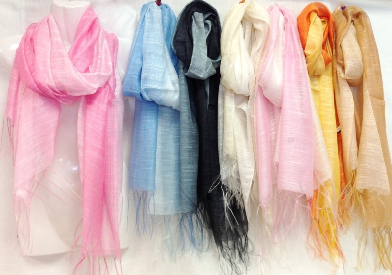 Two Tone Color Scarves with Fringes [1226263]