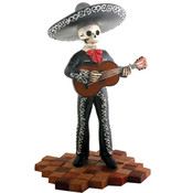 Figurine- Mariachi Band (Black)- Tall Guitar Player