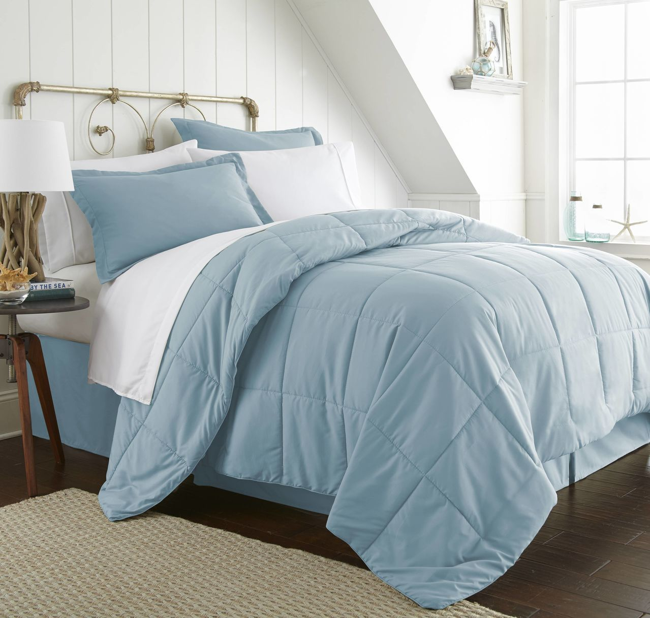 Wholesale Soft Essentials 8 Piece Bed In A Bag Navy