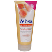 St. Ives Naturally Clear Blemish & Blackhead Control Apricot Scrub